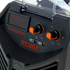 Сварочный инверторный аппарат работающий при пониженном напряжении Ресанта САИ-220ПН + сварочные краги и электроды в подарок!